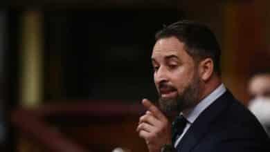 "Sánchez acusa a Vox de ""llamar al Ejército a dar un golpe de Estado"""