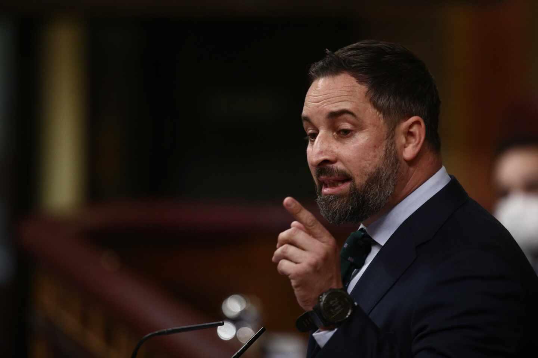 El líder de Vox, Santiago Abascal, interviene durante una sesión de Control al Gobierno en el Congreso de los Diputados