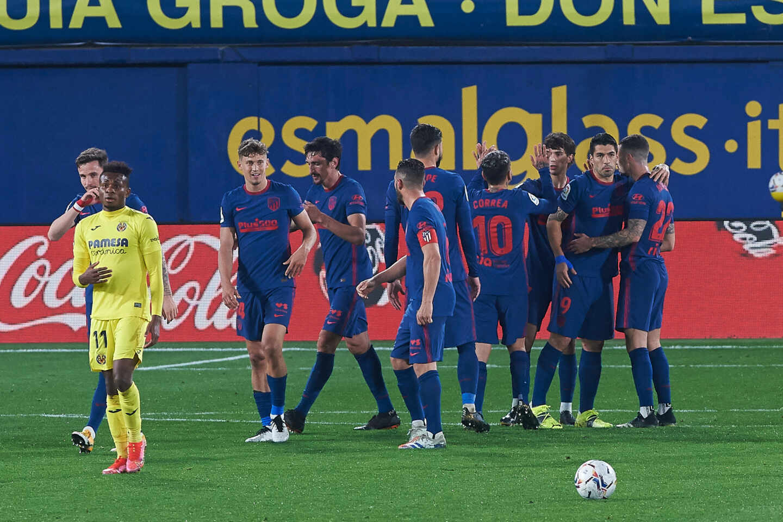 Los jugadores del Atlético de Madrid celebran un gol durante su partido contra el Villarreal