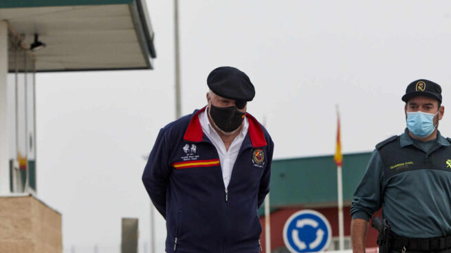 José Manuel Villarejo sale de la cárcel.