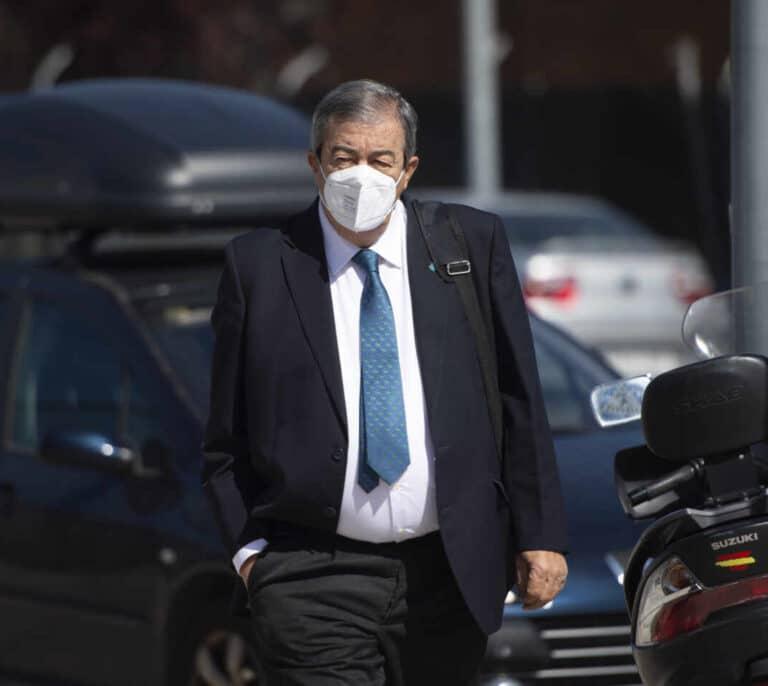 La Fiscalía pide 2 años de prisión para Álvarez-Cascos por cargar a Foro gastos personales por 5.550 euros