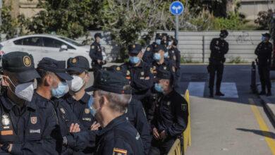 """Sindicatos denuncian la """"marginación"""" de la Policía en la vacunación en Cataluña"""