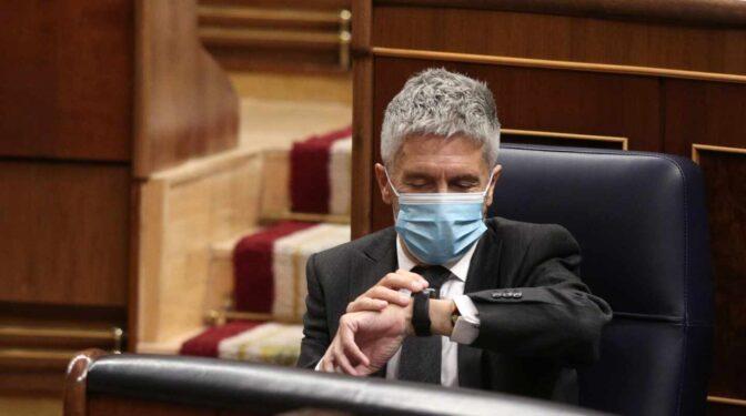 """Un senador pregunta a Marlaska si dejará que los contribuyentes usen la cinta de correr """"por turnos"""""""