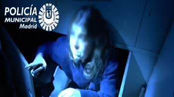 Jóvenes en armarios y la Policía entrando por la ventana: la fiesta ilegal en un local reincidente