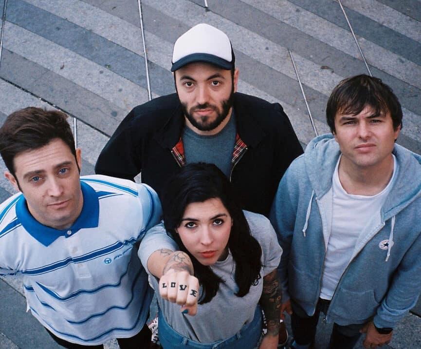 La banda La La Love You
