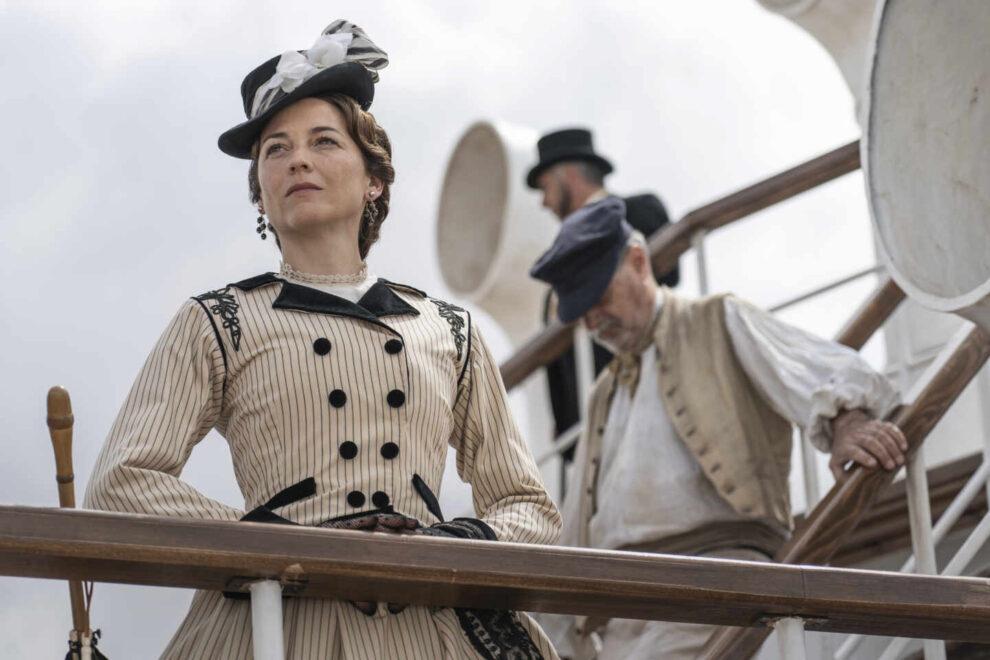 Leonor Watling en una imagen extaída de 'La Templanza' la nueva serie de Amazon basada en la novela de María Dueñas.