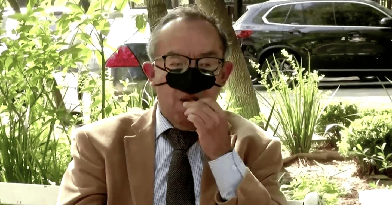 """""""Eating mask"""": la mascarilla que te tapa solo la nariz para comer sin contagiarte"""