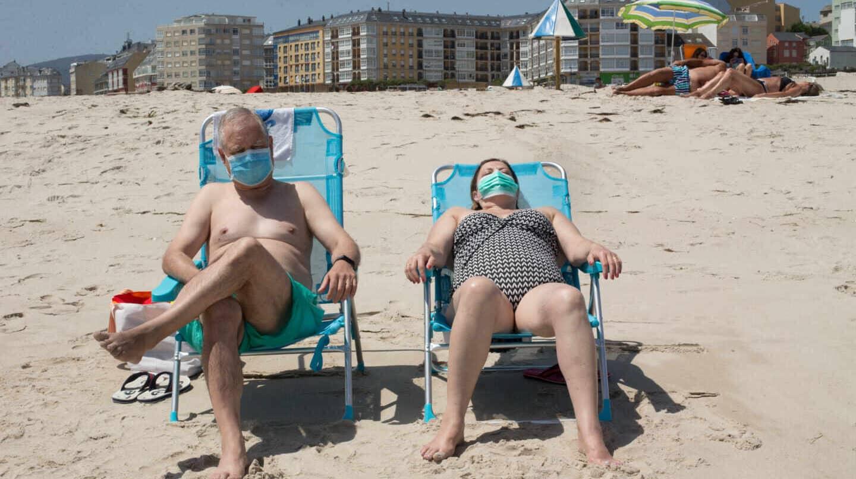 El Gobierno hace obligatorio el uso de la mascarilla al aire libre