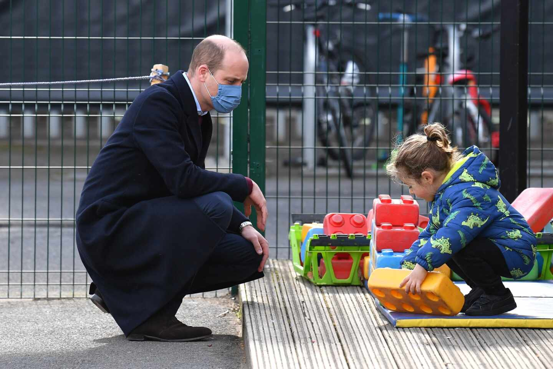 El príncipe Guillermo en la visita a una escuela en Londres