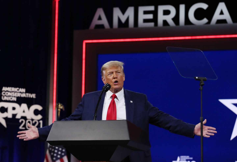 El ex presidente Donald Trump en la Conferencia Conservadora en Orlando