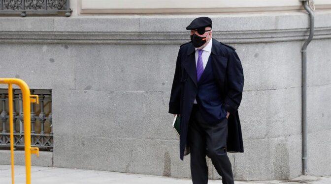Anticorrupción pide imputar a Brufau y Fainé por el espionaje de Villarejo al expresidente de Sacyr