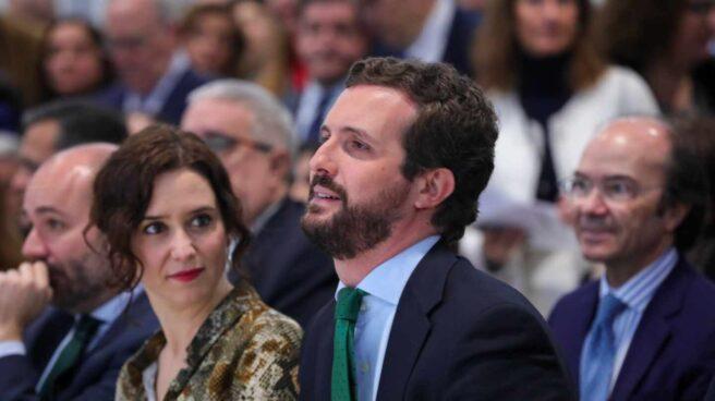 La presidenta de la Comunidad de Madrid, Isabel Díaz Ayuso; junto al líder del PP, Pablo Casado.