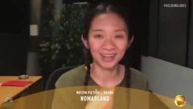 Chloé Zhao hace historia en los Globos de Oro con 'Nomadland'