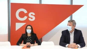 Dos dirigentes del núcleo duro de Ciudadanos dimiten tras el fiasco en Madrid y Murcia