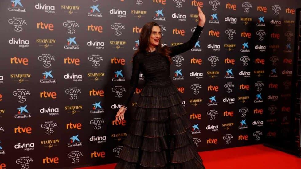 La actriz Ángela Molina, a su llegada a la gala de la 35 edición de los Premios Goya