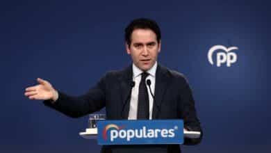 García Egea vetó a Miguel Ángel Rodríguez de la reunión clave para decidir la lista electoral de Ayuso