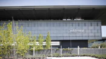 Telefónica reorganiza su área de inversores ante la posible salida a bolsa de Tech y su crisis sobre el parqué