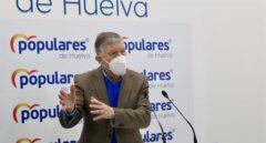 """Carmelo Romero (PP) pide disculpas a Errejón tras gritarle """"¡vete al médico!"""" en el Congreso"""