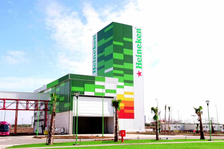 Fábrica de Heineken, empresa con compromiso social y medioambiental, en Sevilla