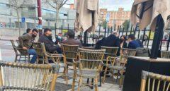 Los hosteleros indignados por las imágenes de Igea y diez personas más en una terraza
