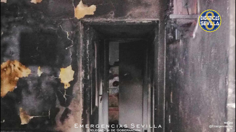 Incendio de una vivienda en Sevilla.