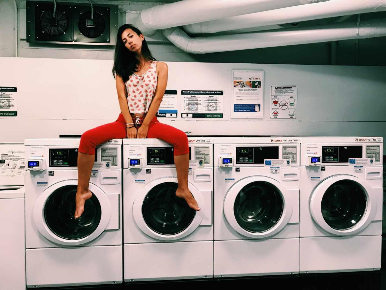 Imagen de lavadoras para ilustrar la llegada de las nuevas etiquetas de eficiencia energética