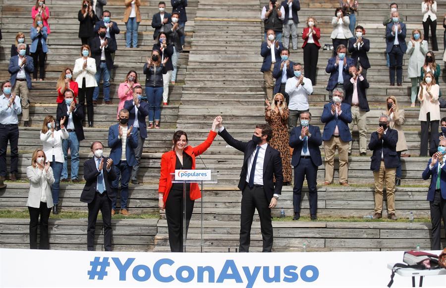 """Ayuso presenta su lista para el 4-M: """"España y Madrid se lo juegan todo"""""""