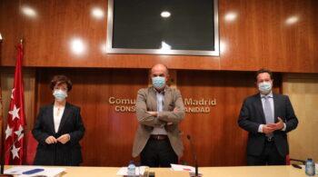 Madrid no contempla el cierre del interior de los bares como plantea Sanidad