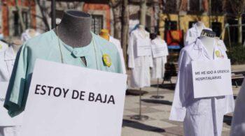 """Arranca la huelga indefinida de médicos de primaria en Madrid: """"No podemos más"""""""