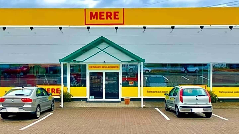 Fachada de un establecimiento de la cadena rusa de supermercados Mere.