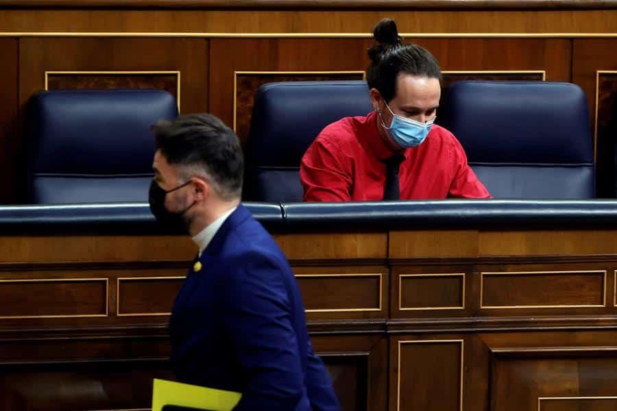 Pablo Iglesias y Gabriel Rufián, en el Congreso de los Diputados.