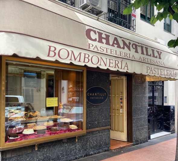 Fachada de Pastelería Chantilly