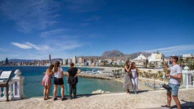 La llegada de turistas internacionales cae un 25,8% hasta julio