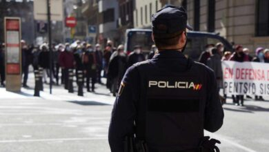 Absuelto tras montar una fiesta en la que la Policía tiró la puerta a la fuerza
