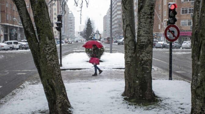 La Aemet avisa: el invierno vuelve en el puente del Día del Padre con temperaturas de hasta -10ºC y nevadas