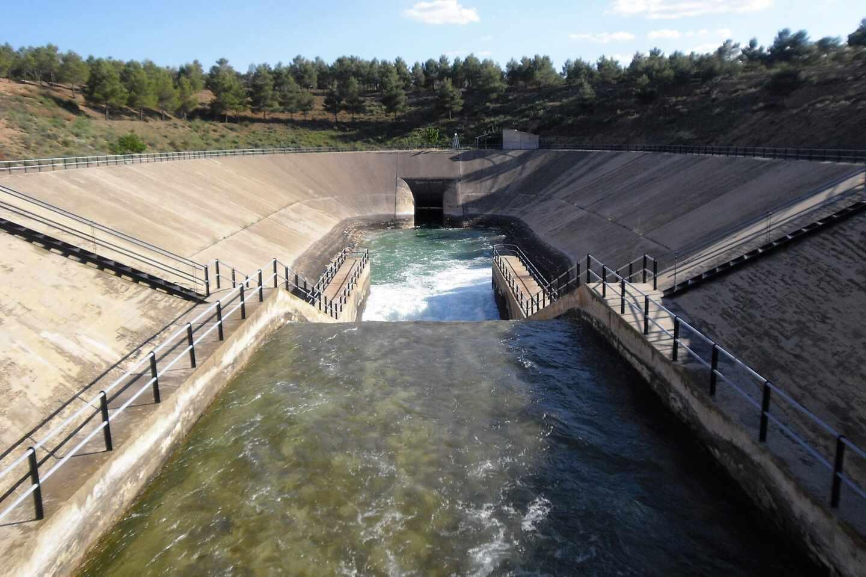 Aguas del acueducto del Trasvase Tajo-Segura