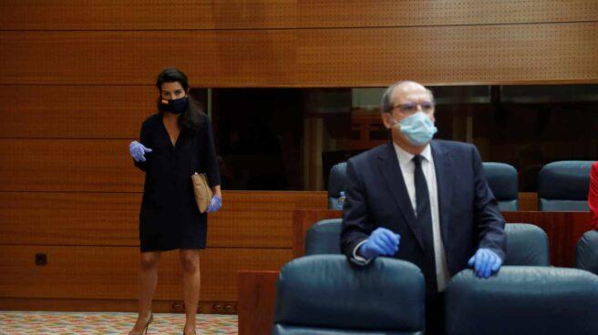 La candidata de Vox a las elecciones de Madrid, Rocío Monasterio; y el del PSOE, Ángel Gabilondo.