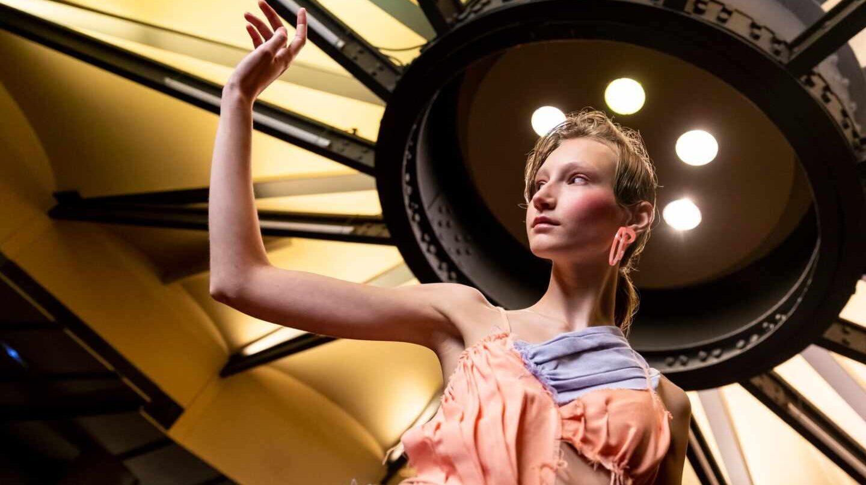 080 Barcelona Fashion: ropa 'genderless', sostenibilidad y transformación digital