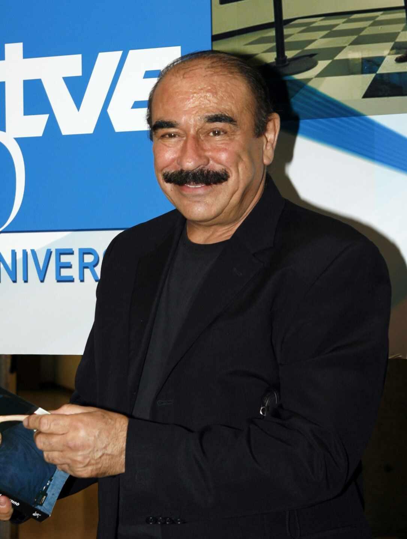 Hugo Stuven.