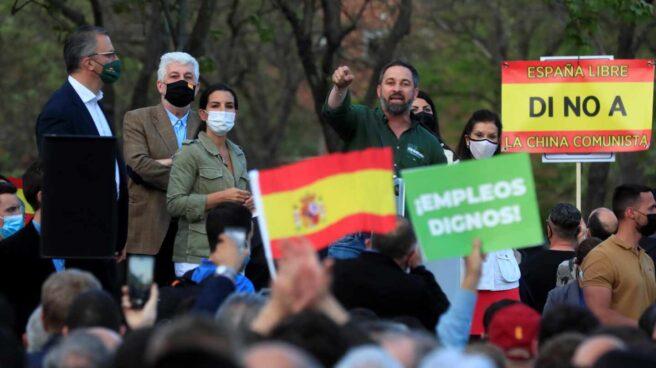 El líder de Vox, Santiago Abascal, interviene en el acto de presentación de la candidatura de Rocío Monasterio.