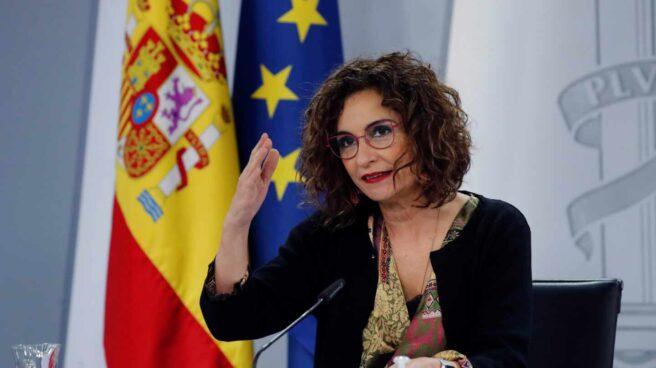 La ministra portavoz, María Jesús Montero, en rueda de prensa en Moncloa