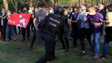 Iglesias dice que Vox fue a Vallecas a provocar violencia y que Abascal rompió el cordón para forzar una carga policial