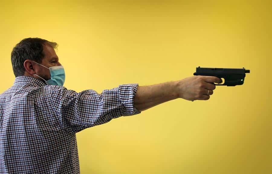 Pistola inteligente diseñada por la empresa RADE Tecnologías (Radetec).