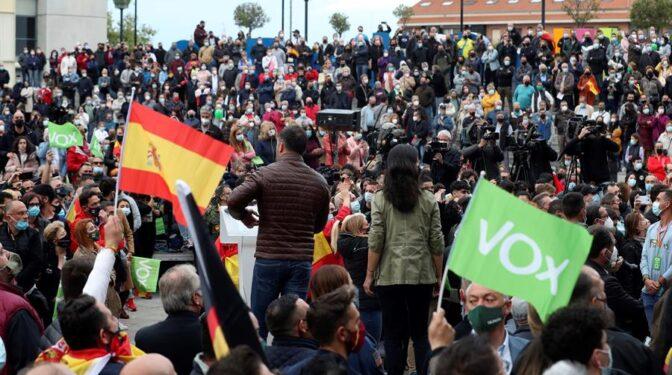 Abascal gana a Ayuso en el día grande de la derecha en Fuenlabrada