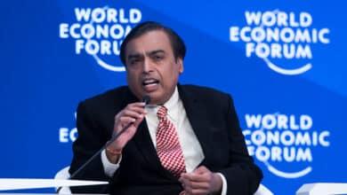 Mukesh Ambani: el empresario indio que desplazó a Amancio Ortega del 'top 10' de fortunas de Forbes