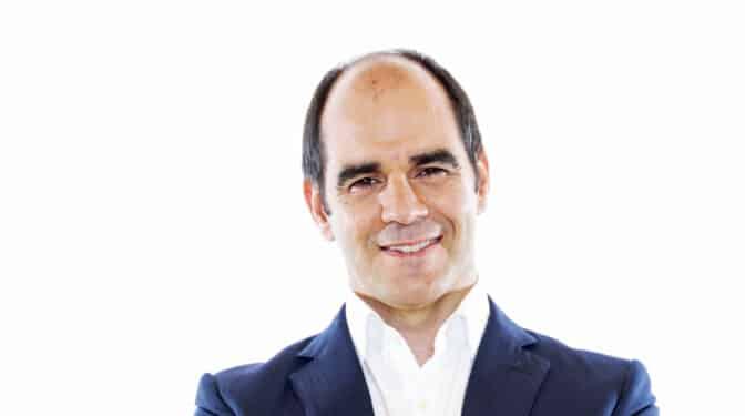 Santander confirma el relevo de Aboukhair: António Simôes, nuevo CEO de la filial española