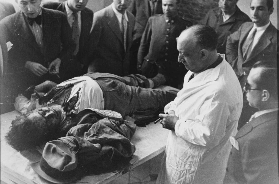 El cadáver de Leopoldo Calvo Sotelo tras su asesinato en julio de 1936
