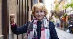 Esperanza Aguirre posa para El Independiente en la calle Echegaray de Madrid