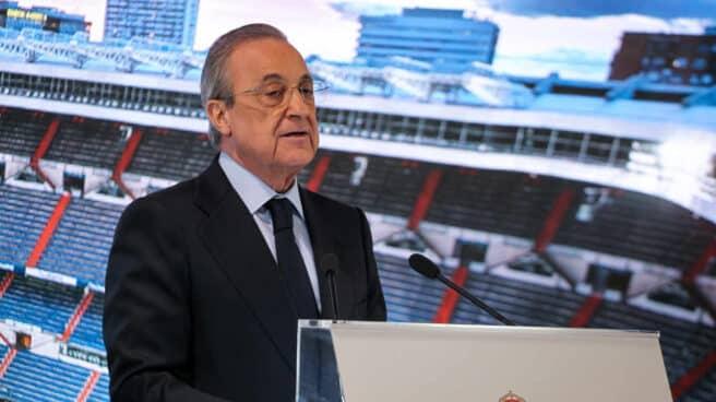El presidente del Real Madrid, Florentino Pérez, en una rueda de prensa del club blanco