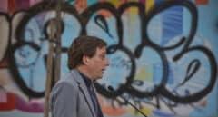"""Almeida critica el """"daño a Madrid"""" que hacen los partidos que dicen que los franceses son """"una panda de borrachos"""""""